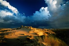 Puesta del sol de la tormenta de desierto Fotografía de archivo libre de regalías