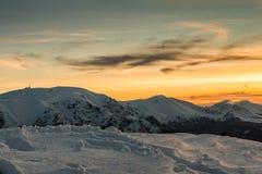 Puesta del sol de las montañas balcánicas Imagen de archivo libre de regalías