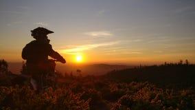 Puesta del sol de los días de Enduro Foto de archivo libre de regalías