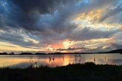 Puesta del sol de Macquarie del lago Foto de archivo libre de regalías