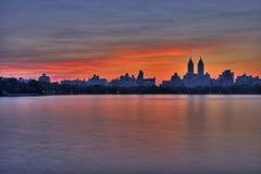 Puesta del sol de Manhattan Imagen de archivo