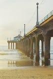 Puesta del sol de Manhattan Beach Imágenes de archivo libres de regalías