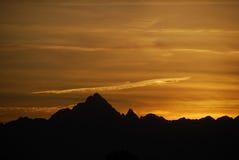 Puesta del sol de Monviso foto de archivo libre de regalías