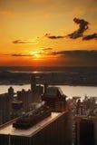 Puesta del sol de New York City Fotos de archivo