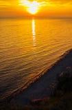 Puesta del sol de oro foto de archivo libre de regalías