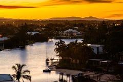 Puesta del sol de oro en el Gold Coast Foto de archivo libre de regalías