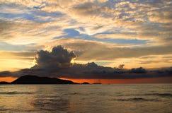 Puesta del sol de Patong Imagen de archivo