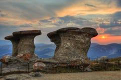 Puesta del sol de piedra Imagenes de archivo