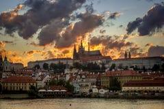 Puesta del sol de Praga Foto de archivo libre de regalías