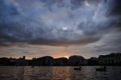 Puesta del sol de Reykjavik Imágenes de archivo libres de regalías