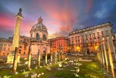 Puesta del sol de Roma fotografía de archivo libre de regalías