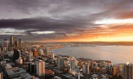 Puesta del sol de Seattle fotografía de archivo