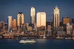 Puesta del sol de Seattle Foto de archivo libre de regalías