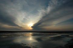 puesta del sol de un sol Imagen de archivo