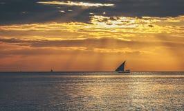 Puesta del sol de Zanzíbar fotos de archivo libres de regalías