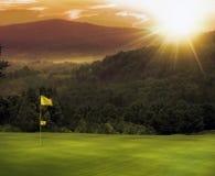 Puesta del sol del campo de golf Imagen de archivo libre de regalías