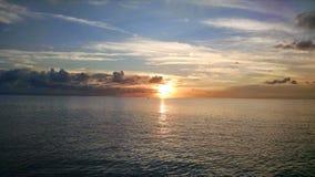 Puesta del sol del Caribe foto de archivo