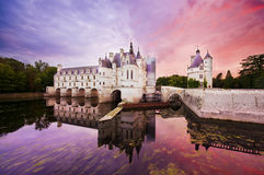 Puesta del sol del castillo de Chenonceaux Foto de archivo libre de regalías