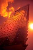 Puesta del sol del edificio Fotografía de archivo libre de regalías