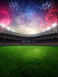 Puesta del sol del estadio con las fans de la gente 3d rinden el cielo nublado del ejemplo Foto de archivo libre de regalías