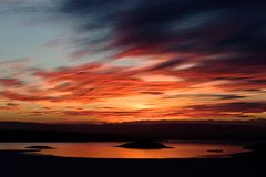 Puesta del sol del fiordo del invierno Fotos de archivo libres de regalías