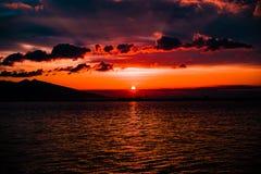 Puesta del sol del golfo de Esmirna Turquía Fotos de archivo libres de regalías