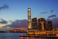 Puesta del sol del habour de Hong Kong de la ciudad Foto de archivo libre de regalías