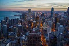 Puesta del sol del horizonte de Chicago foto de archivo