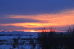 Puesta del sol del invierno imagen de archivo