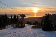 Puesta del sol del invierno de la montaña del urogallo Fotografía de archivo libre de regalías