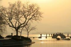 Puesta del sol del lago Imagenes de archivo