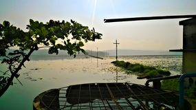 Puesta del sol del lago Imágenes de archivo libres de regalías