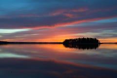 Puesta del sol del lago Astotin Imagen de archivo libre de regalías