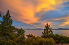 Puesta del sol del lago Tahoe Foto de archivo libre de regalías