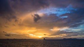 Puesta del sol del mar Imagen de archivo libre de regalías
