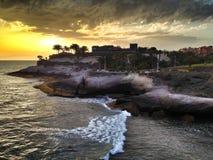 Puesta del sol del mar en Tenerife Foto de archivo libre de regalías