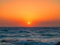 Puesta del sol del mar Mediterráneo Imagen de archivo