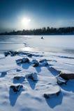 Puesta del sol del mediodía en paisaje polar Imagenes de archivo
