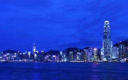 Puesta del sol del paisaje urbano de Hong-Kong. Fotografía de archivo
