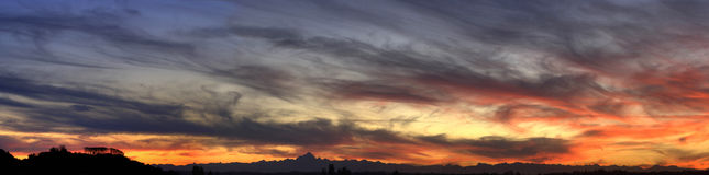 Puesta del sol del panorama (HDR) Imágenes de archivo libres de regalías