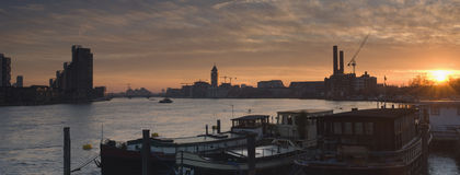 Puesta del sol del puente de Battersea Imagenes de archivo