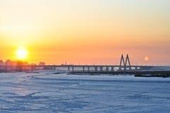 Puesta del sol del puente del milenio Imagenes de archivo