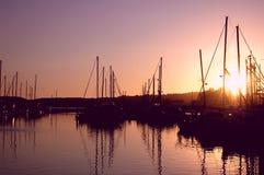 Puesta del sol del puerto deportivo fotos de archivo