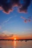 Puesta del sol del río Fotos de archivo libres de regalías