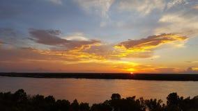 Puesta del sol del río Imagen de archivo libre de regalías