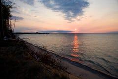 Puesta del sol del superior de lago Imagenes de archivo
