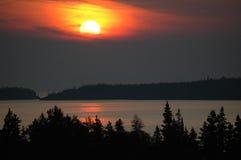 Puesta del sol del superior de lago Fotos de archivo libres de regalías
