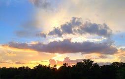 Puesta del sol del tejado Imagen de archivo libre de regalías