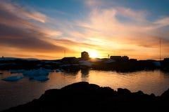 Puesta del sol del verano en Ant3artida Imagenes de archivo