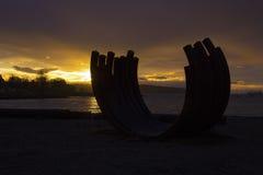 Puesta del sol detrás del arco Imagen de archivo
